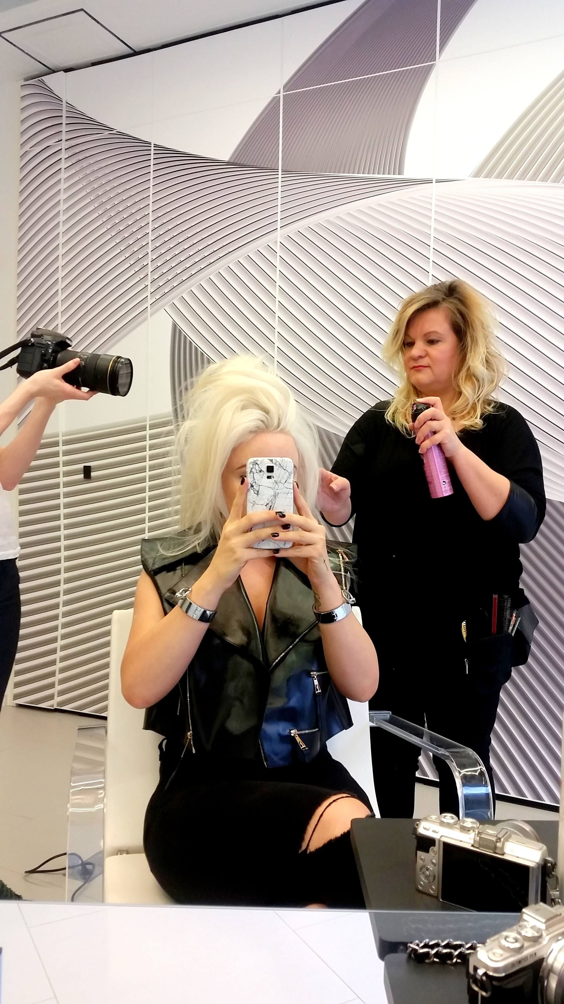 backstage shooting for l´oréal professionnel fashion beauty blogger cosmopolitan harper´s bazaar